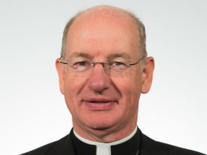 Bishop-Richard-Moth_-March-2015_medium