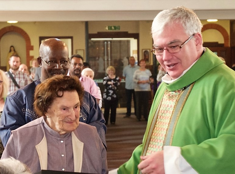 Louisa and Fr Stephen 2 (2)